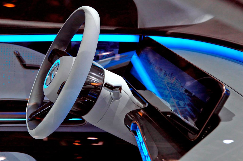 mercedes-benz-generation-eq-concept-steering-wheel-2